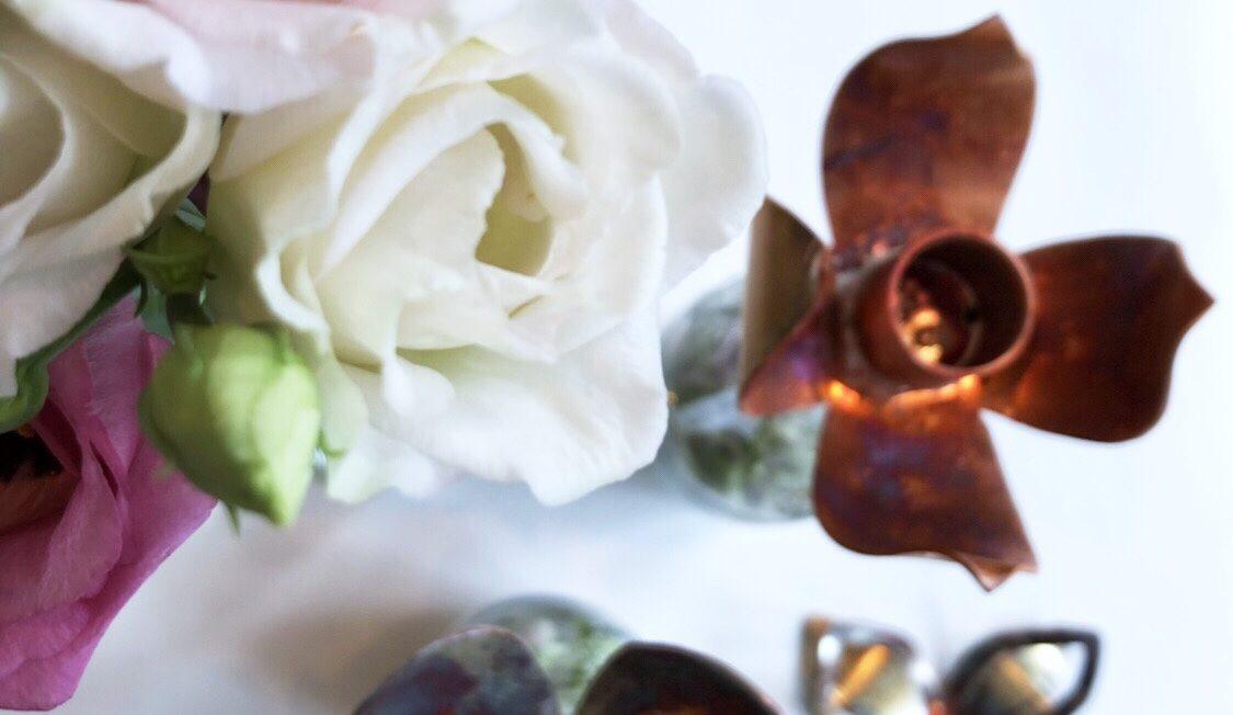Koperen bloemen